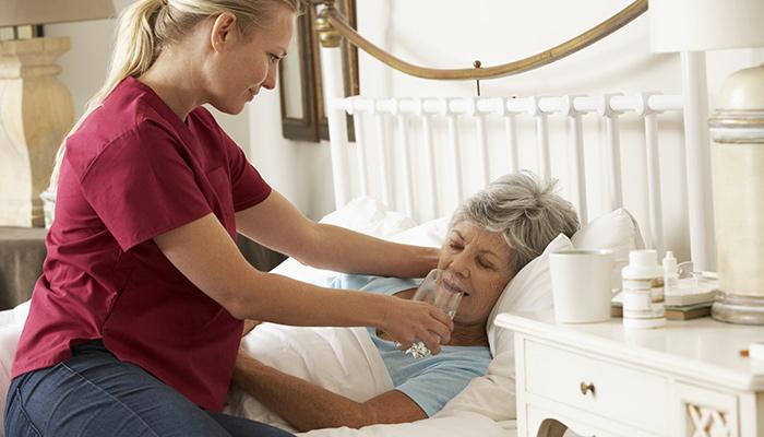Infirmière pour soins palliatifs